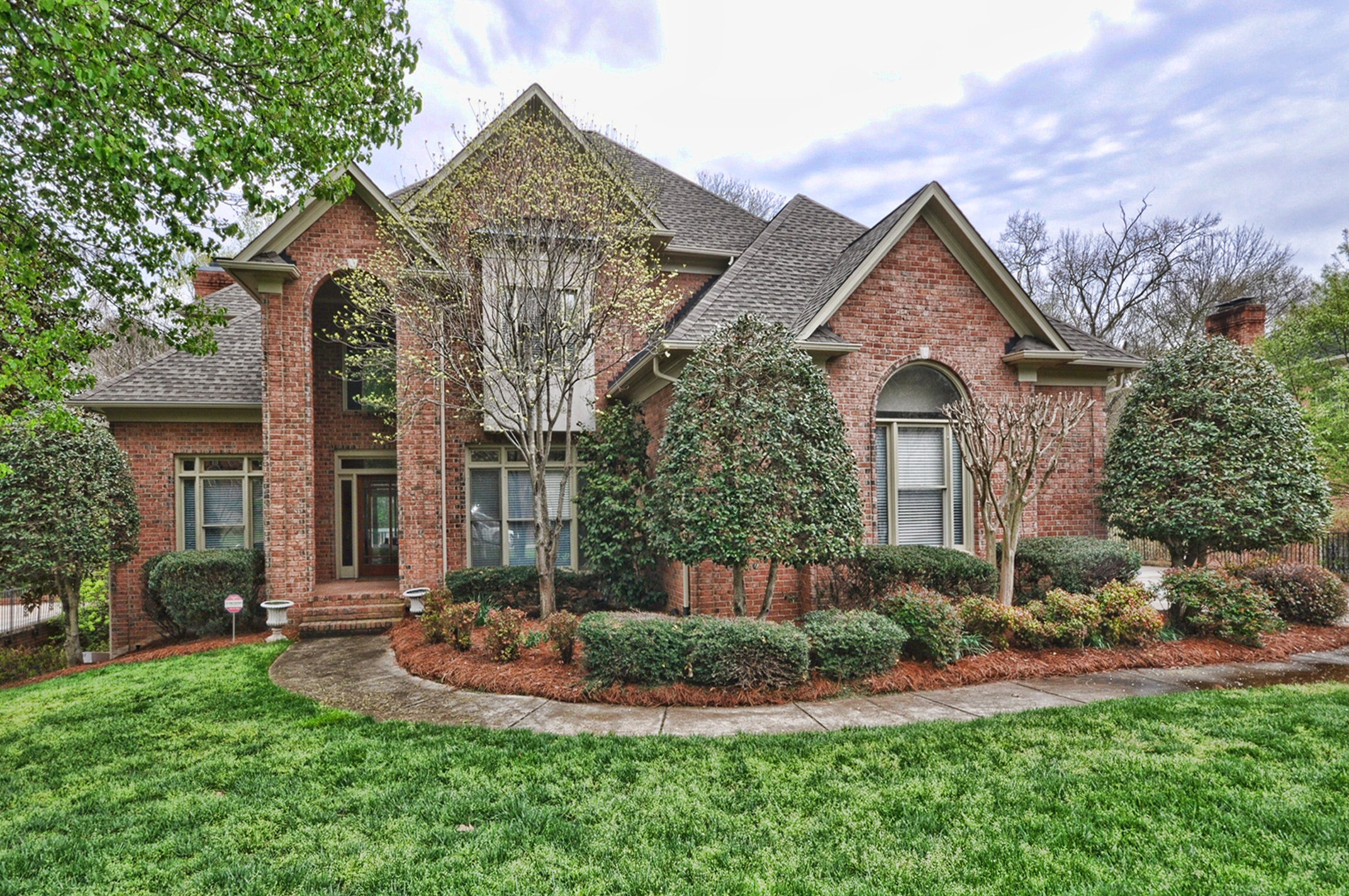 Just listed large custom built brick home in piper glen for Home built house